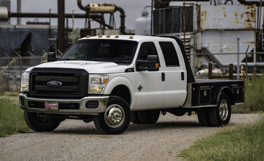 2015 Ford F-350 Dually Flatbed – Stock # 17832R1